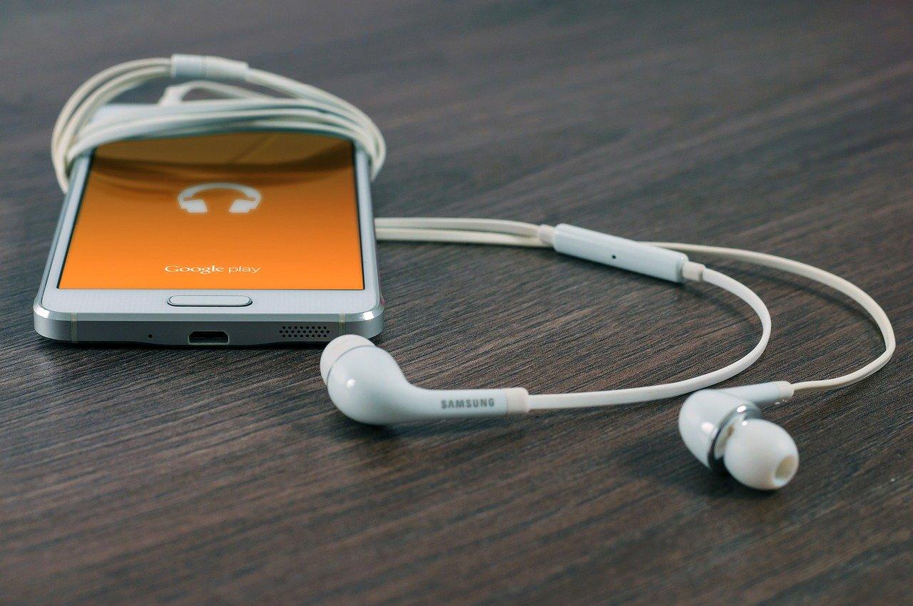 Jak wybrać dobre słuchawki?